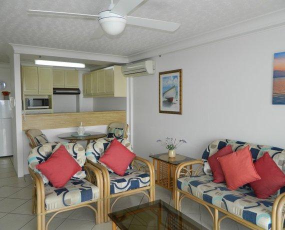 Royal Palm Resort Palm Beach 2 Bedroom Apartment Lounge Room