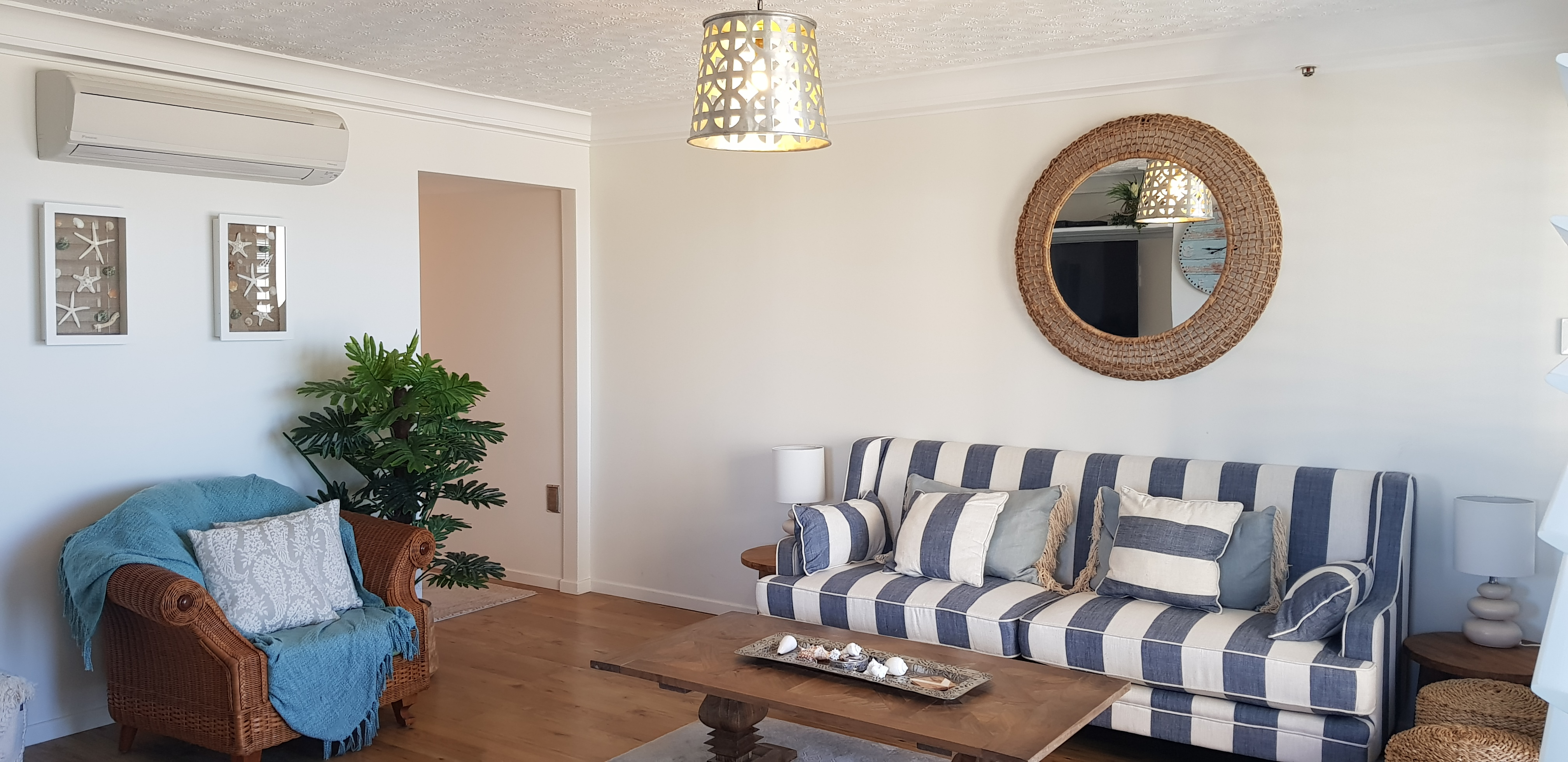 Royal Palm Resort Accommodation Lounge Room
