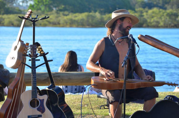 Buskers By The Creek 2017