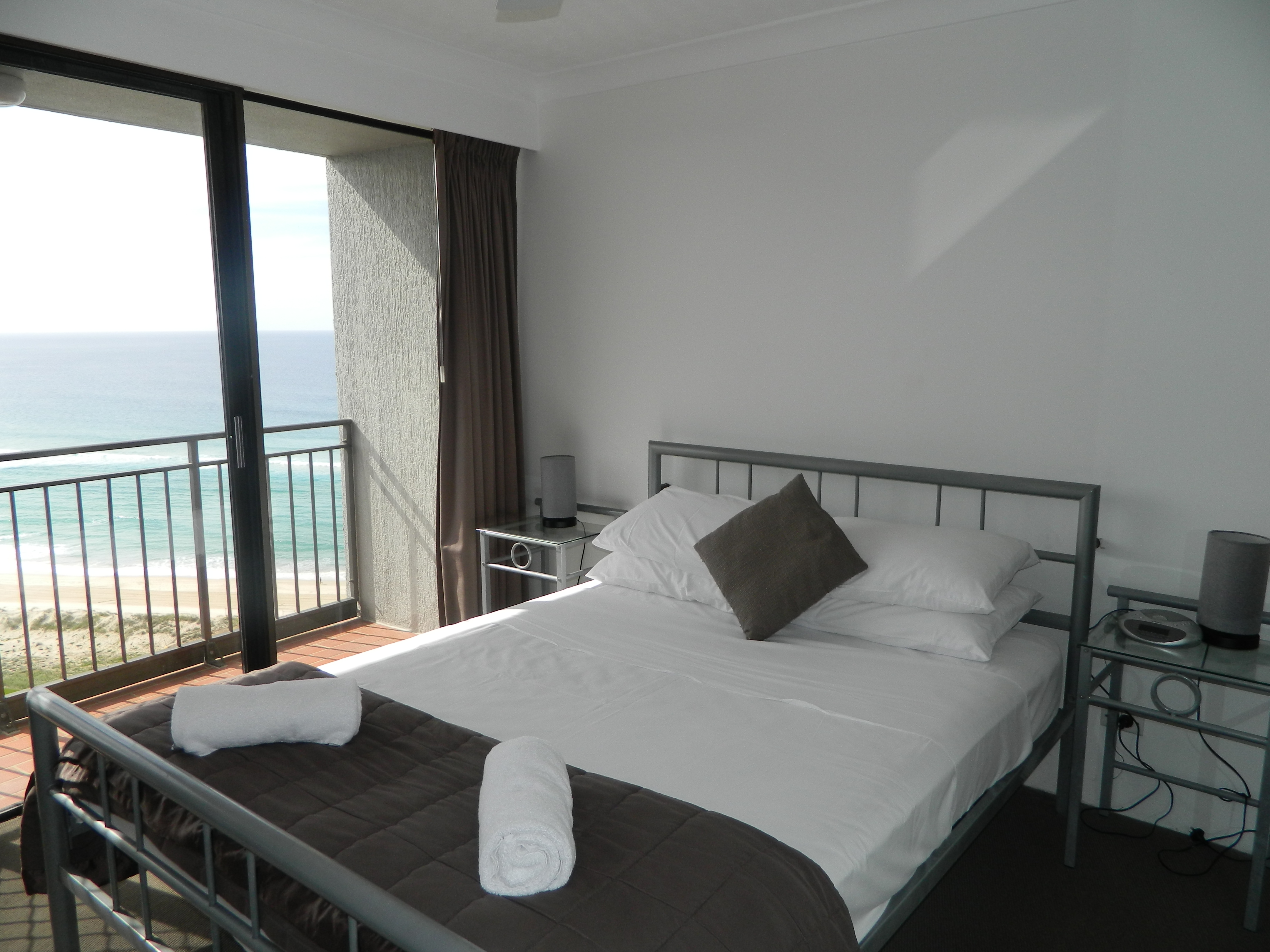 Royal Palm Resort Accommodation Bedroom Ocean View