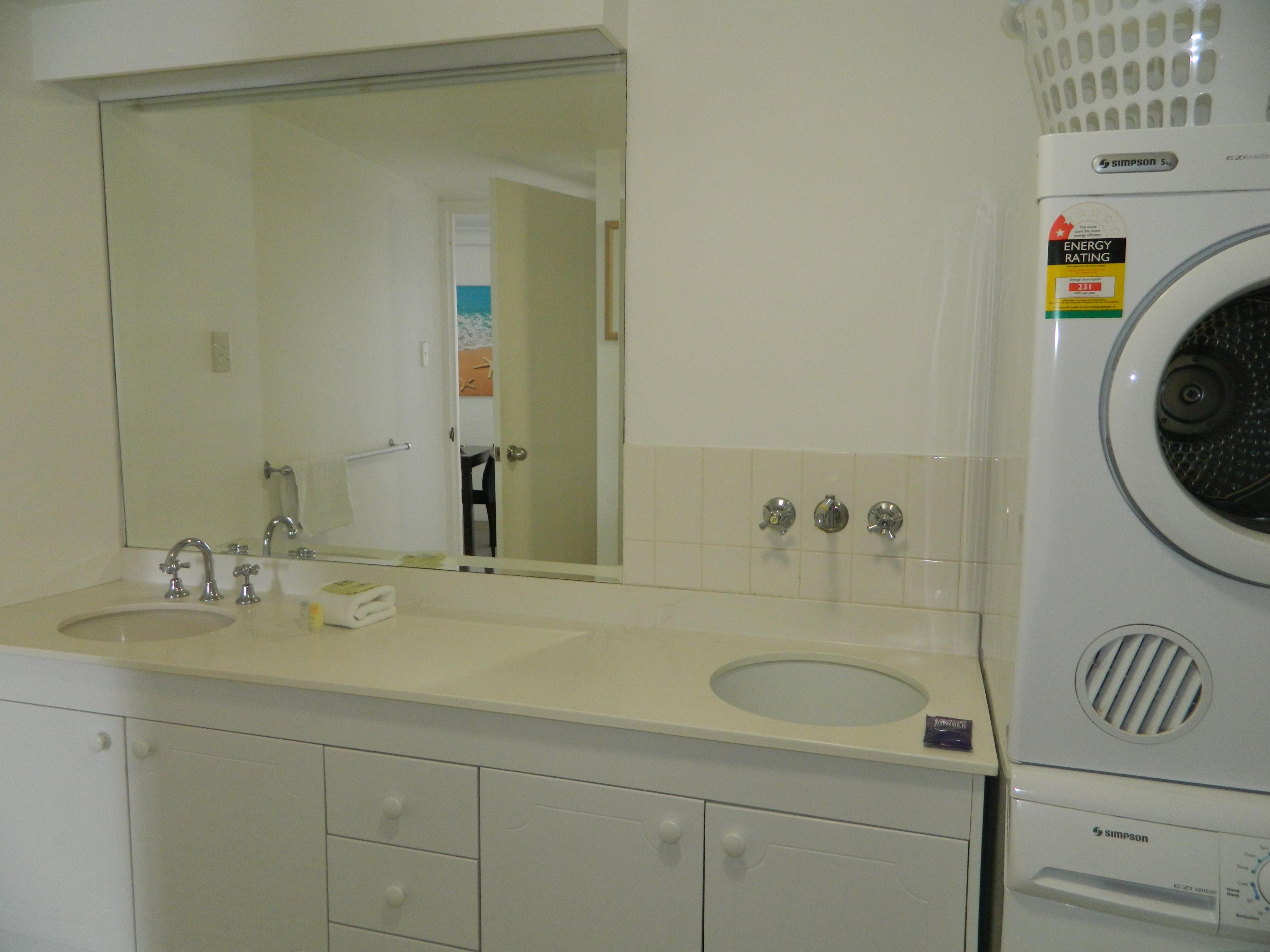 Royal Palm Resort Accommodation Bathroom Laundry