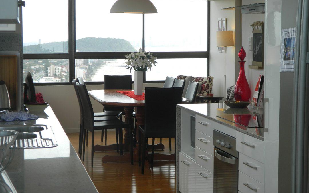 Royal Palm Resort Accommodation Kitchen Dining