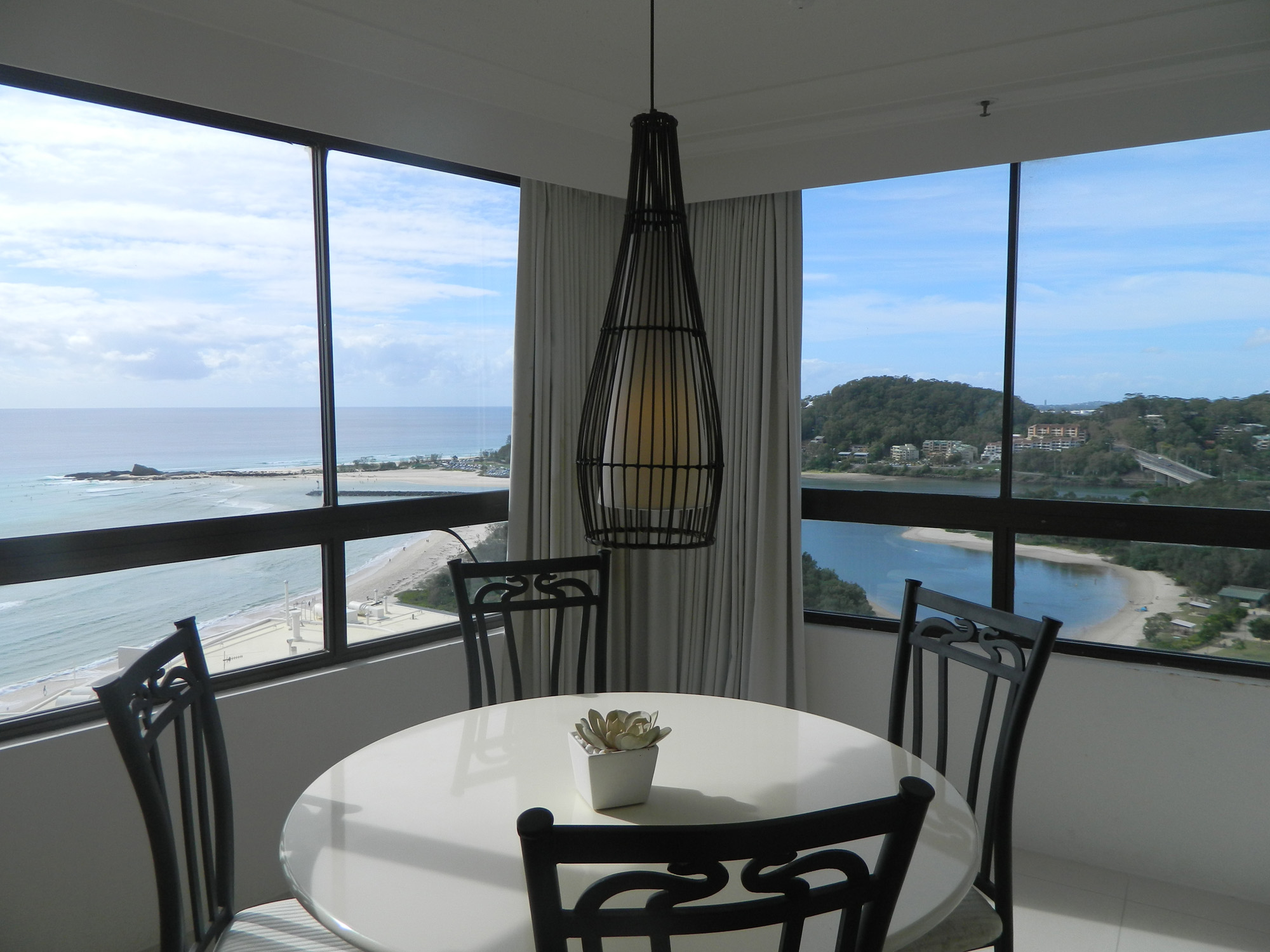 Royal Palm Resort Palm Beach Accommodation Dining
