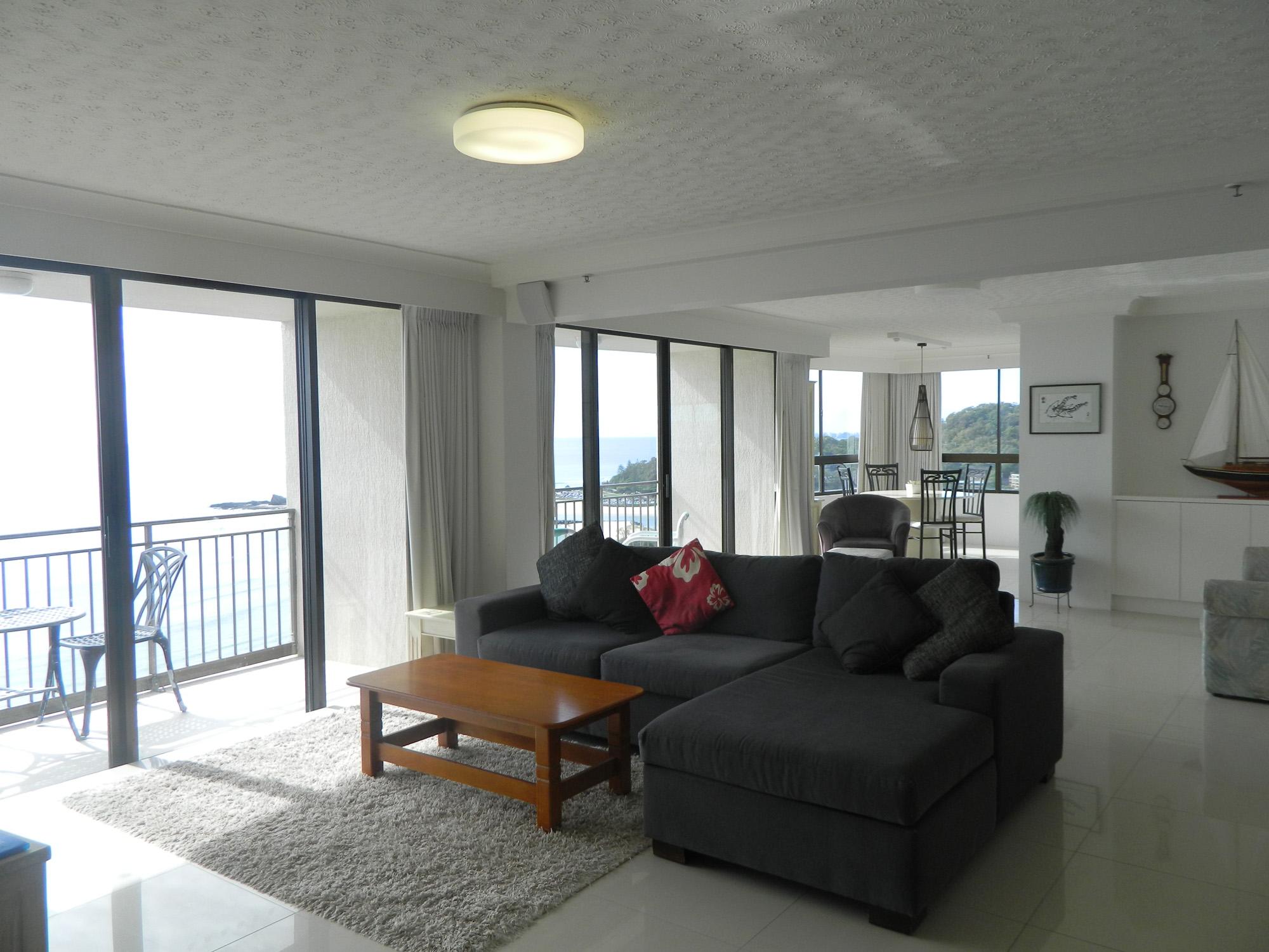 Royal Palm Resort Palm Beach Accommodation Lounge Room