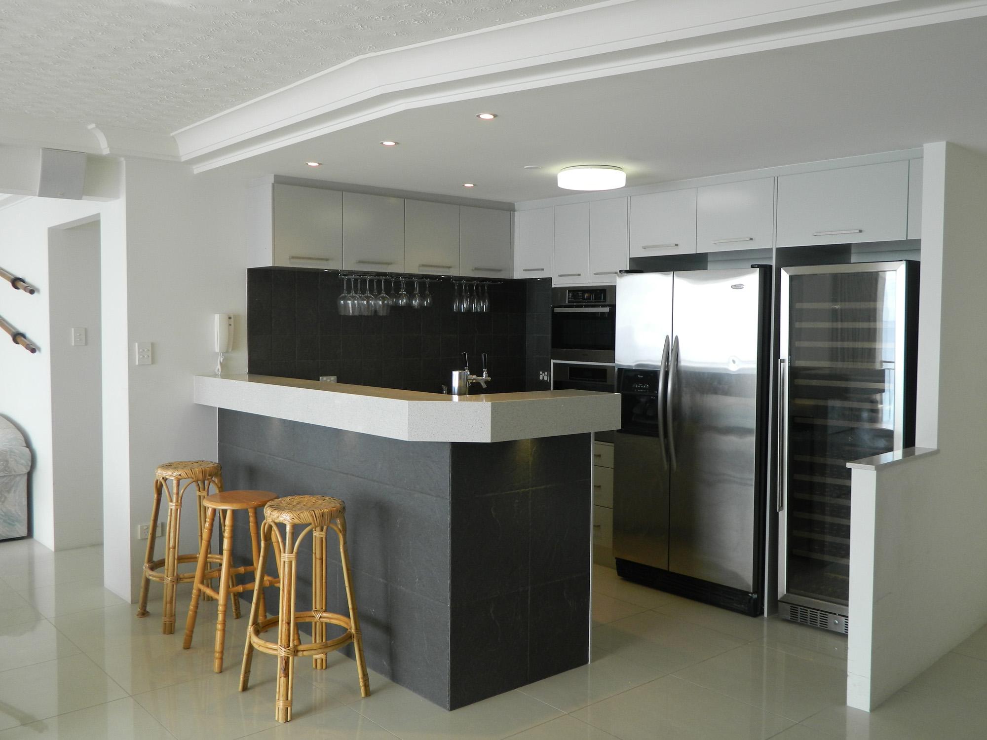 Royal Palm Resort Palm Beach Accommodation Kitchen