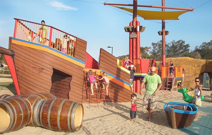 palm-beach-parklands-pirate-ship